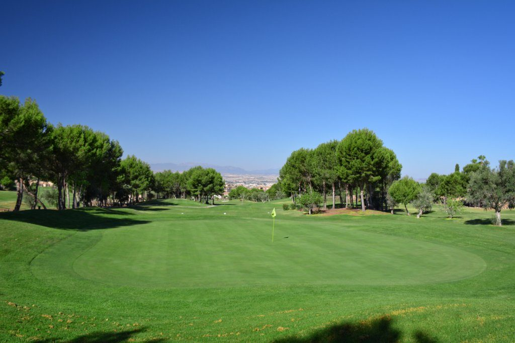 https://golftravelpeople.com/wp-content/uploads/2019/06/Altorreal-Golf-Club-Murcia-New-23-1024x682.jpg