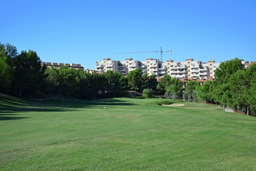 https://golftravelpeople.com/wp-content/uploads/2019/06/Altorreal-Golf-Club-Murcia-New-5-1024x683.jpg