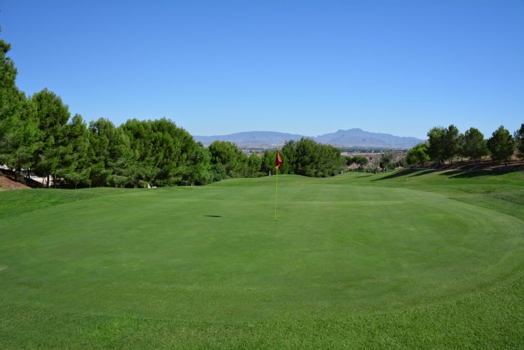 https://golftravelpeople.com/wp-content/uploads/2019/06/Altorreal-Golf-Club-Murcia-New-7-1024x683.jpg