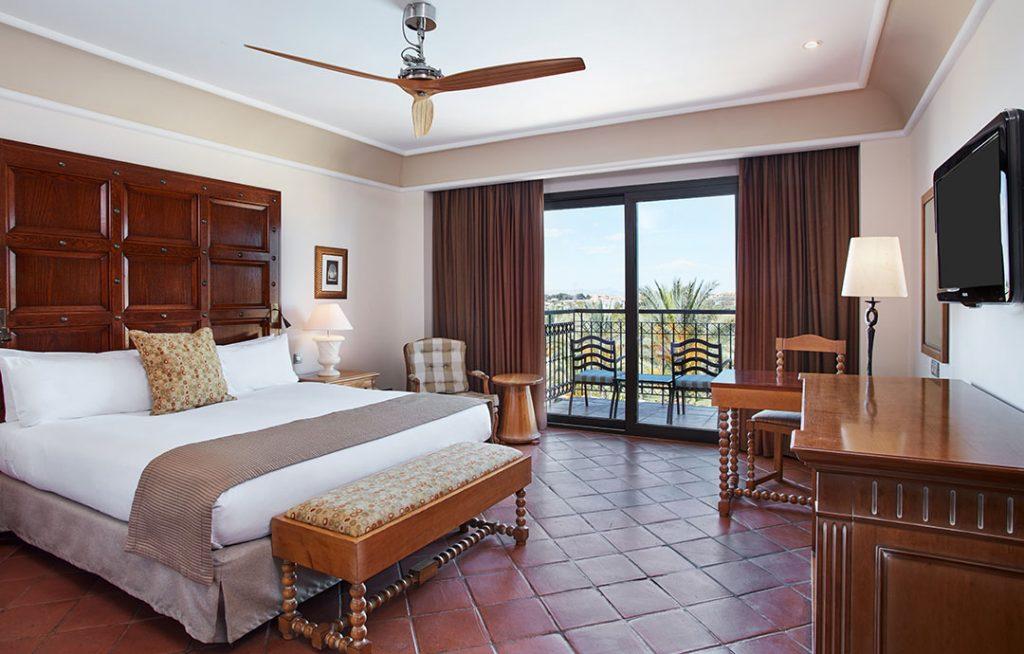 https://golftravelpeople.com/wp-content/uploads/2019/06/Caleia-Mar-Menor-Golf-Spa-Resort-6-1024x654.jpg