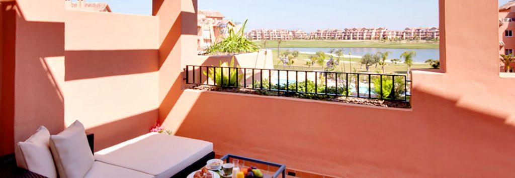 https://golftravelpeople.com/wp-content/uploads/2019/06/Caleia-Mar-Menor-Golf-Spa-Resort-Apartments-11-1024x355.jpg
