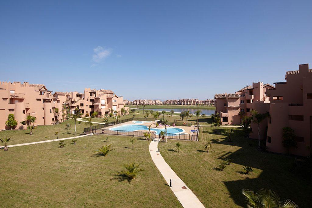 https://golftravelpeople.com/wp-content/uploads/2019/06/Caleia-Mar-Menor-Golf-Spa-Resort-Apartments-12-1024x683.jpg