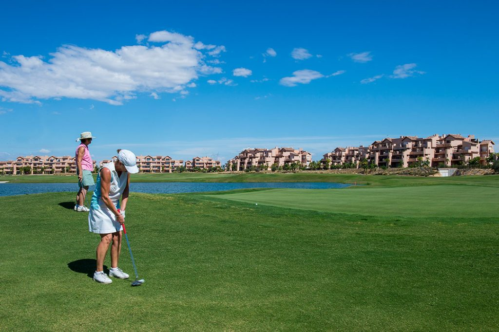 https://golftravelpeople.com/wp-content/uploads/2019/06/Caleia-Mar-Menor-Golf-Spa-Resort-Apartments-15-1024x682.jpg