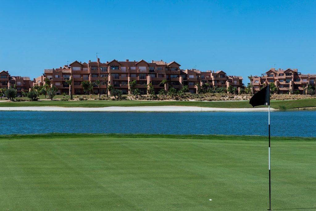 https://golftravelpeople.com/wp-content/uploads/2019/06/Caleia-Mar-Menor-Golf-Spa-Resort-Apartments-17-1024x682.jpg