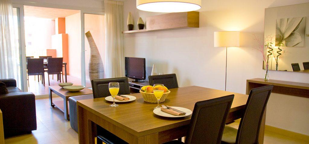 https://golftravelpeople.com/wp-content/uploads/2019/06/Caleia-Mar-Menor-Golf-Spa-Resort-Apartments-18-1024x476.jpg