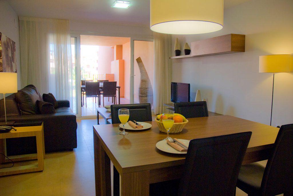 https://golftravelpeople.com/wp-content/uploads/2019/06/Caleia-Mar-Menor-Golf-Spa-Resort-Apartments-20-1024x686.jpg