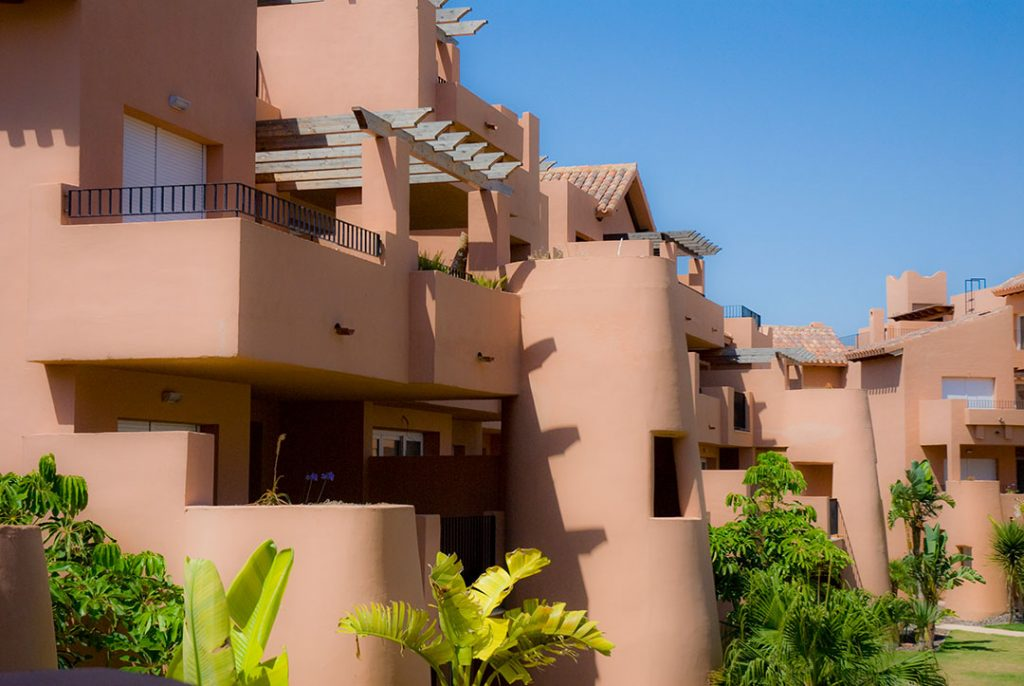 https://golftravelpeople.com/wp-content/uploads/2019/06/Caleia-Mar-Menor-Golf-Spa-Resort-Apartments-3-1024x686.jpg