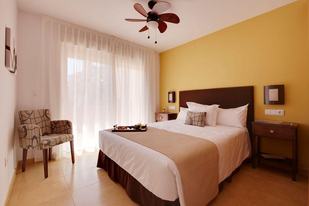 https://golftravelpeople.com/wp-content/uploads/2019/06/Caleia-Mar-Menor-Golf-Spa-Resort-Apartments-30-1024x683.jpg