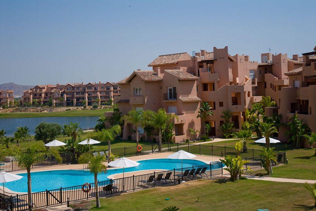 https://golftravelpeople.com/wp-content/uploads/2019/06/Caleia-Mar-Menor-Golf-Spa-Resort-Apartments-31-1024x686.jpg