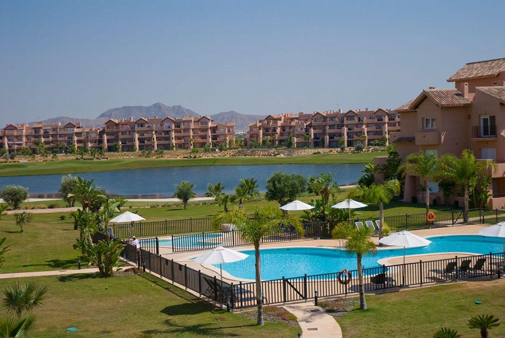 https://golftravelpeople.com/wp-content/uploads/2019/06/Caleia-Mar-Menor-Golf-Spa-Resort-Apartments-35-1024x686.jpg
