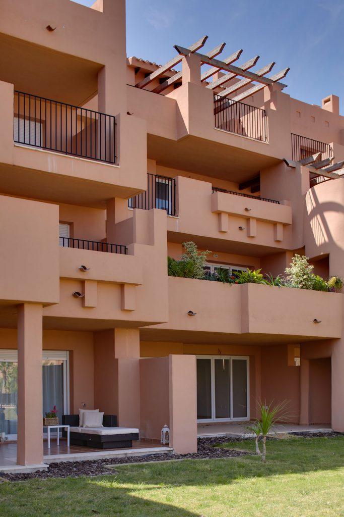 https://golftravelpeople.com/wp-content/uploads/2019/06/Caleia-Mar-Menor-Golf-Spa-Resort-Apartments-4-683x1024.jpg