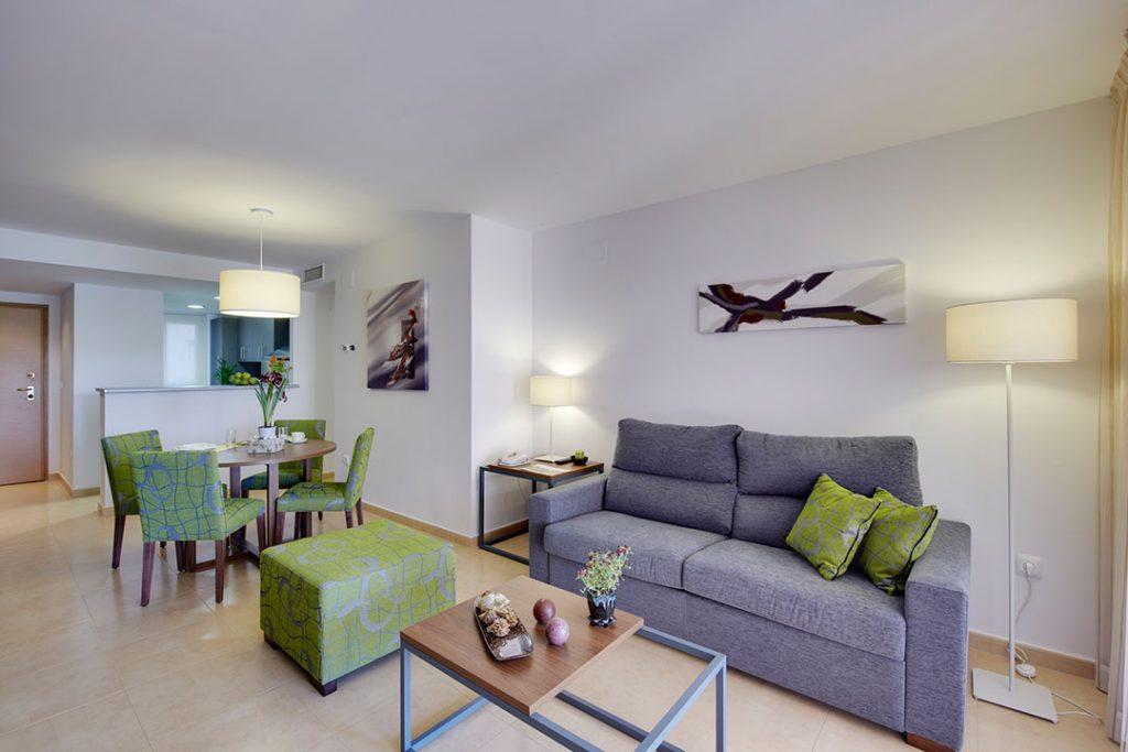 https://golftravelpeople.com/wp-content/uploads/2019/06/Caleia-Mar-Menor-Golf-Spa-Resort-Apartments-8-1024x683.jpg