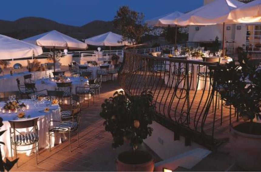 https://golftravelpeople.com/wp-content/uploads/2019/06/La-Manga-Club-Hotel-Principe-Felipe-4.jpg