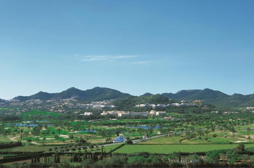https://golftravelpeople.com/wp-content/uploads/2019/06/La-Manga-Club-Hotel-Principe-Felipe-5.jpg