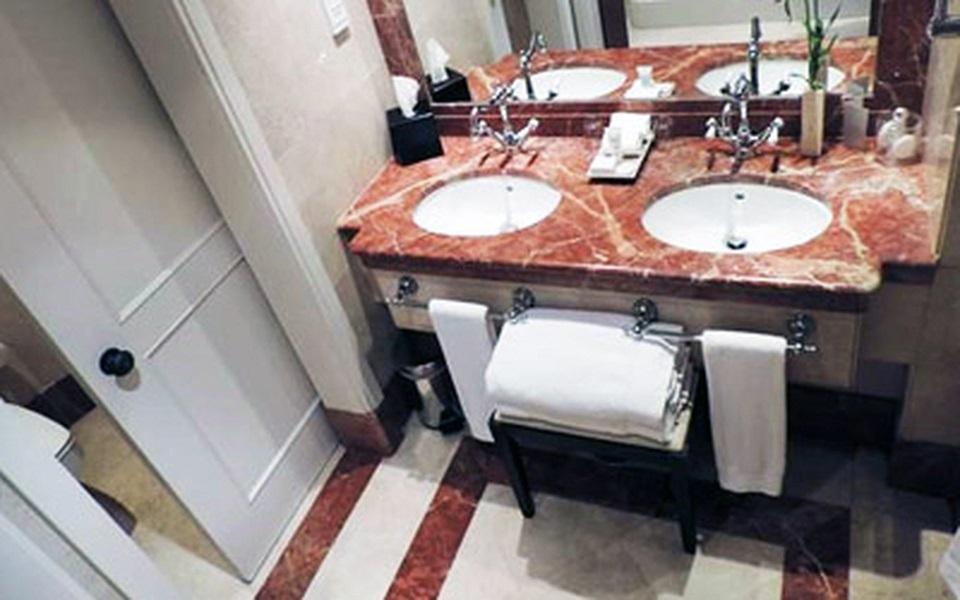 https://golftravelpeople.com/wp-content/uploads/2019/06/La-Manga-Club-Hotel-Principe-Felipe-Bedrooms-11.jpg