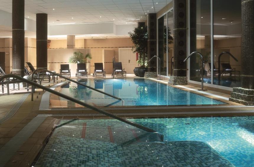 https://golftravelpeople.com/wp-content/uploads/2019/06/La-Manga-Club-Las-Lomas-Apartments-1.jpg