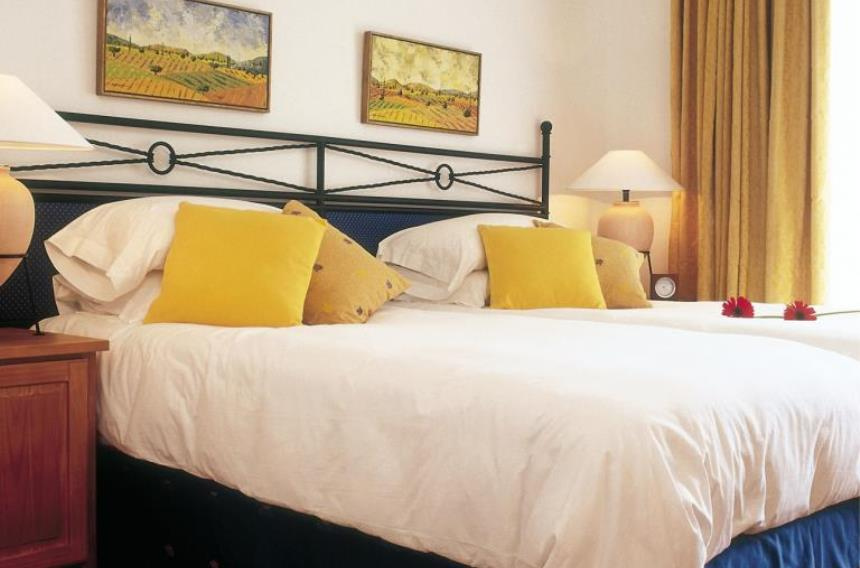 https://golftravelpeople.com/wp-content/uploads/2019/06/La-Manga-Club-Las-Lomas-Apartments-4-1.jpg