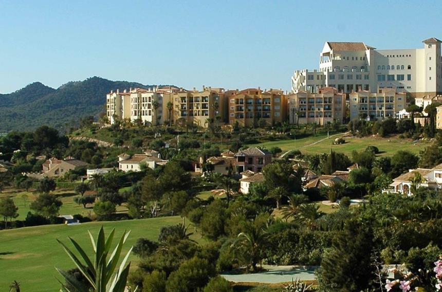 https://golftravelpeople.com/wp-content/uploads/2019/06/La-Manga-Club-Las-Lomas-Apartments-6-1.jpg