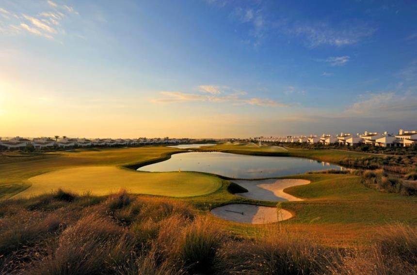 https://golftravelpeople.com/wp-content/uploads/2019/06/La-Torre-Golf-Club-Murcia-Spain-1.jpg