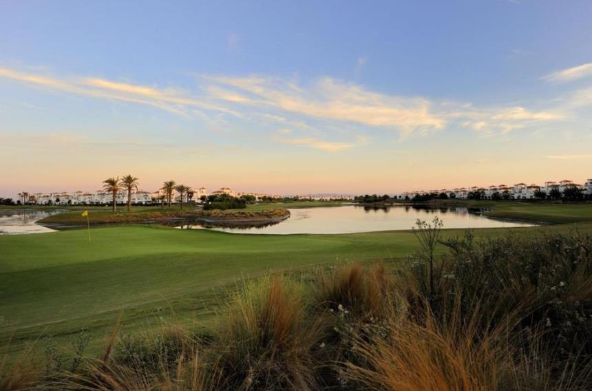 https://golftravelpeople.com/wp-content/uploads/2019/06/La-Torre-Golf-Club-Murcia-Spain-7.jpg