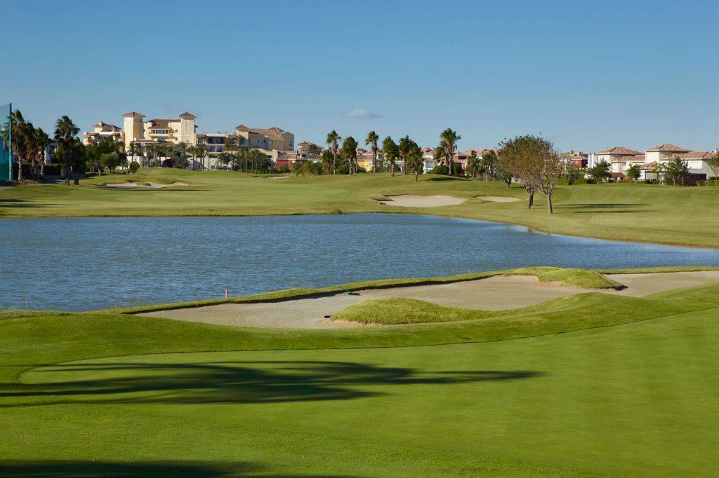 https://golftravelpeople.com/wp-content/uploads/2019/06/MAR-MENOR-_-GNK-GOLF-1_preview-1024x682.jpg