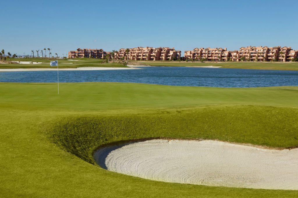 https://golftravelpeople.com/wp-content/uploads/2019/06/MAR-MENOR-_-GNK-GOLF-3_preview-1024x682.jpg