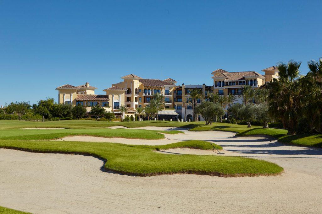 https://golftravelpeople.com/wp-content/uploads/2019/06/MAR-MENOR_-GNK-GOLF-3_preview-1024x682.jpg