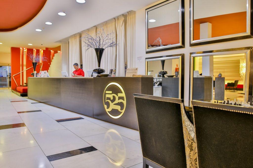 https://golftravelpeople.com/wp-content/uploads/2019/06/Roda-525-Hotel-Murcia-14-1024x683.jpg