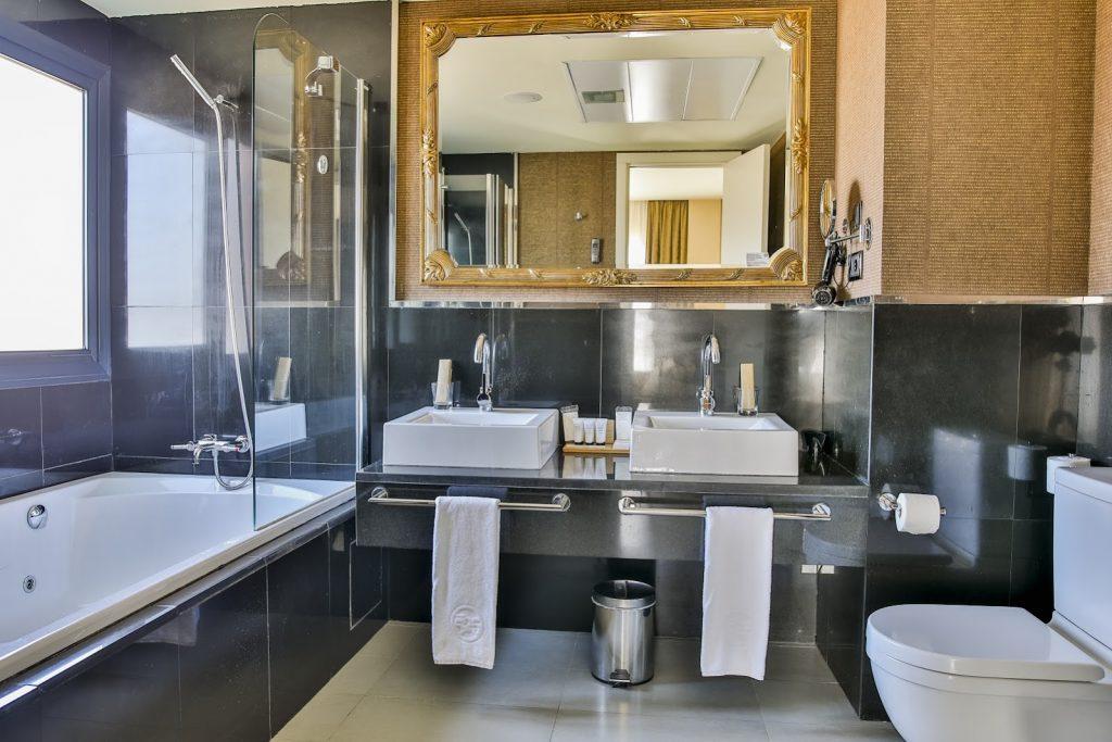 https://golftravelpeople.com/wp-content/uploads/2019/06/Roda-525-Hotel-Murcia-27-1024x683.jpg