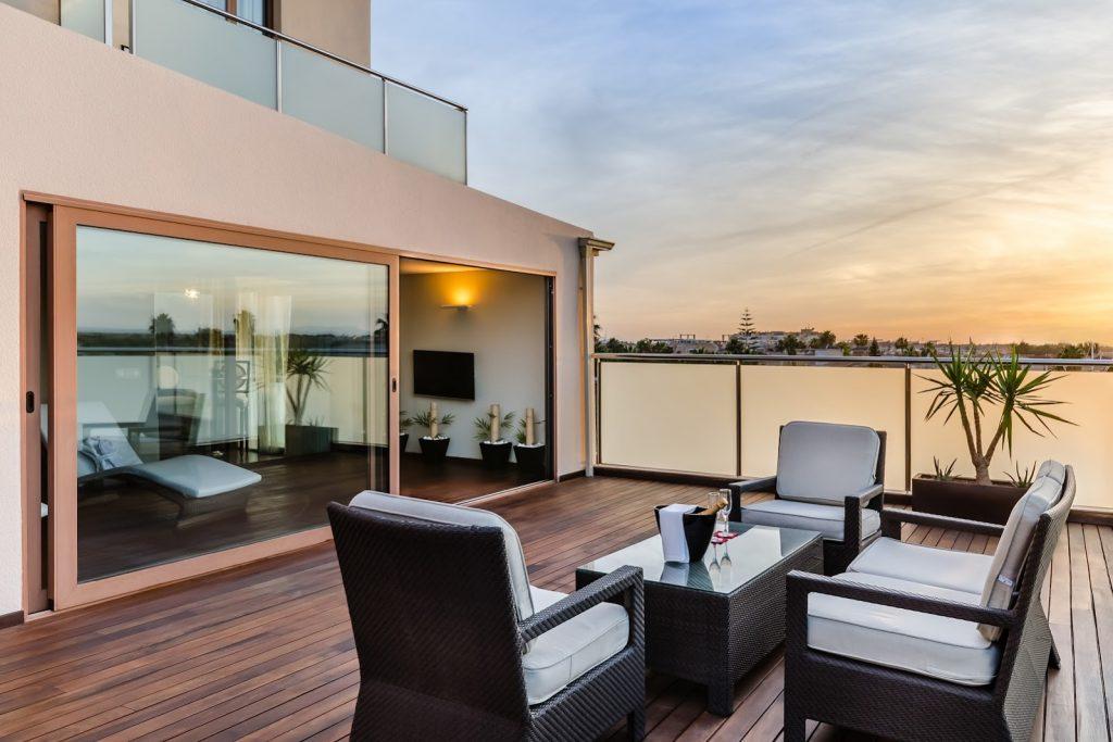https://golftravelpeople.com/wp-content/uploads/2019/06/Roda-525-Hotel-Murcia-9-1024x683.jpg
