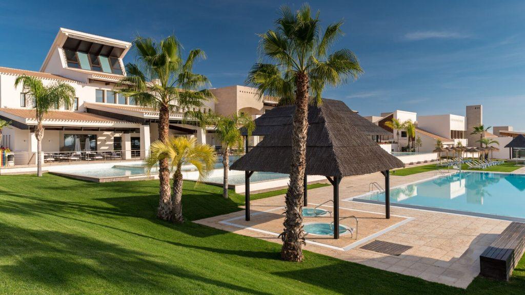 https://golftravelpeople.com/wp-content/uploads/2019/06/Sheraton-Hacienda-del-Alamo-Golf-and-Spa-Resort-4-1024x576.jpg
