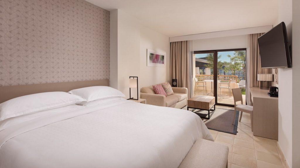 https://golftravelpeople.com/wp-content/uploads/2019/06/Sheraton-Hacienda-del-Alamo-Golf-and-Spa-Resort-9-1024x576.jpg